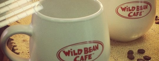 АЗС BP & Wild Bean Café is one of Lugares favoritos de Luchkina.