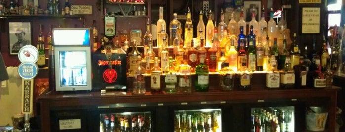 Churchill's Sports Bar & Grill is one of Gespeicherte Orte von J.