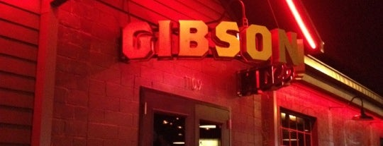 Gibson Bar is one of John 님이 좋아한 장소.
