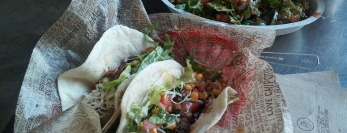 Chipotle Mexican Grill is one of Elroy's Saved Places.