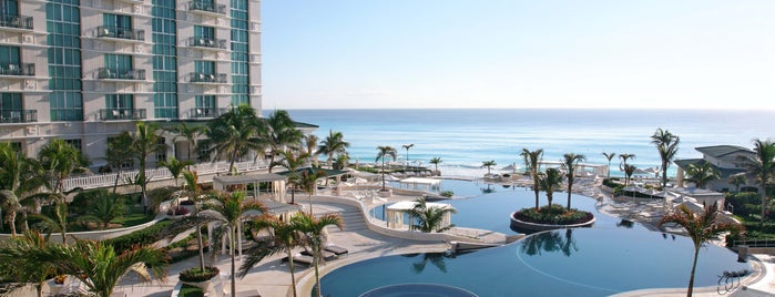 Sandos Cancun Luxury Experience Resort is one of Marco : понравившиеся места.