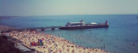 Bournemouth Beach is one of Lugares favoritos de Karen.