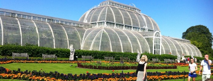 Royal Botanic Gardens is one of London Cultural.