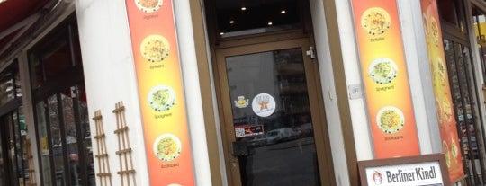 Pizza Luna is one of Berlim.