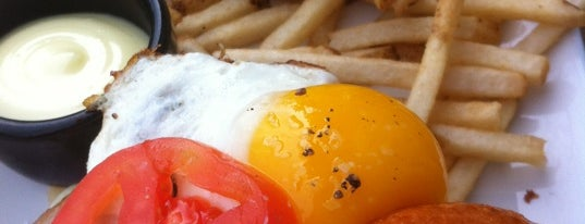 Grub is one of SF Bottomless Brunches.