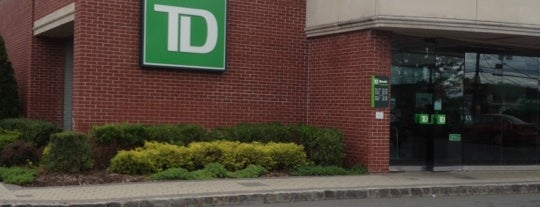 TD Bank is one of Lieux qui ont plu à Brian.