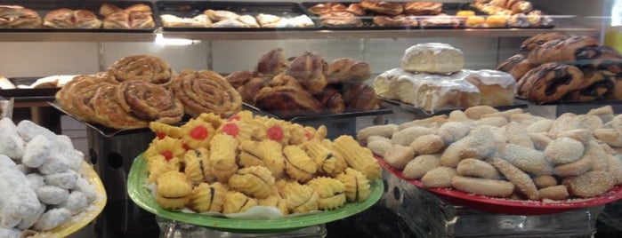 Alessi Bakery & Deli is one of Tampa Eateries.