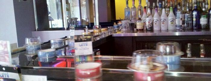 Umi Sushi + Tapas is one of Tempat yang Disukai Rachel.