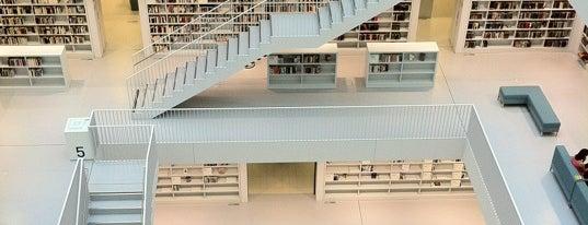 Stadtbibliothek am Mailänder Platz is one of Ich bin eine Globetrotterin.