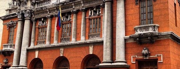 Teatro Nacional is one of Teatros de Caracas.