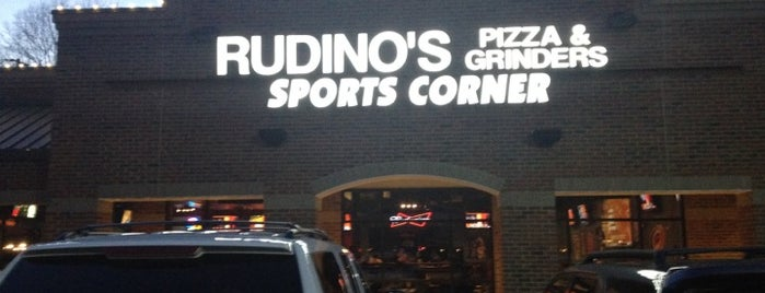 Rudino's Sports Corner is one of Posti che sono piaciuti a Ryan.