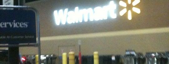 Walmart Supercenter is one of Locais curtidos por Bella.