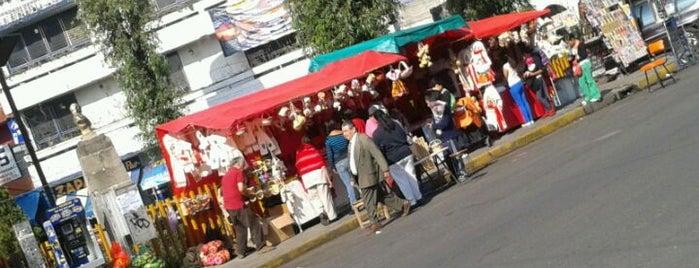 Mercado De Tlahuac is one of Lugares guardados de Luis.