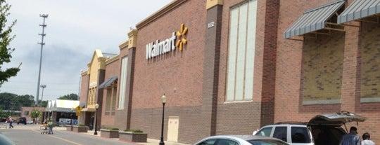 Walmart Supercenter is one of Lieux qui ont plu à Brian.