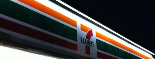 7-Eleven is one of Locais curtidos por #Chinito.