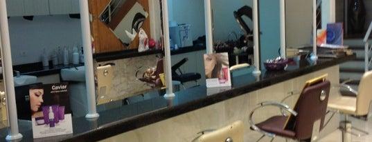 Zen Sei Hair Studio is one of Locais salvos de Roberto.
