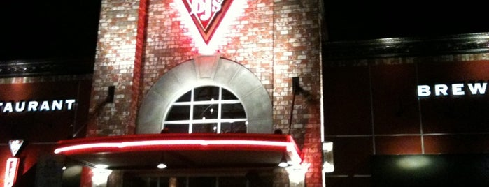 BJ's Restaurant & Brewhouse is one of Places Ninja Turtles would go..