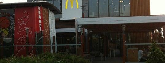 McDonald's is one of HoMangiatoQui.