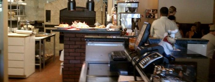 Primo Pizza Burger & Brew is one of Matt : понравившиеся места.