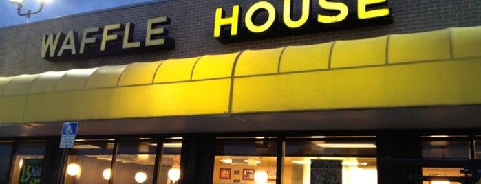 Waffle House is one of สถานที่ที่ DaByrdman33 ถูกใจ.