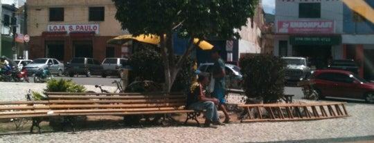 Praça do Povão is one of สถานที่ที่ Carlos ถูกใจ.