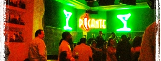 Picante Lounge is one of Lieux sauvegardés par Armando.