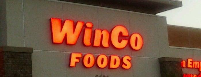 WinCo Foods is one of Orte, die Randy gefallen.