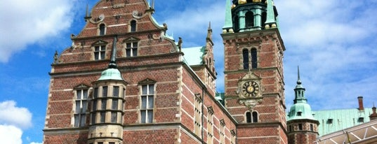 Frederiksborg Slot is one of World Heritage Sites List.