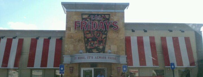 TGI Fridays is one of Lieux qui ont plu à Chaz.