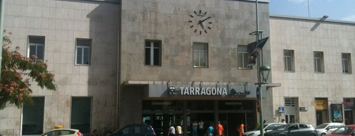 Estación de Tarragona is one of Lugares guardados de Raúl.