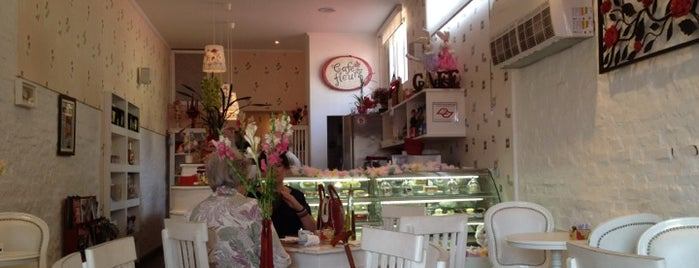Café des Fleurs is one of Doces e sorvetes.