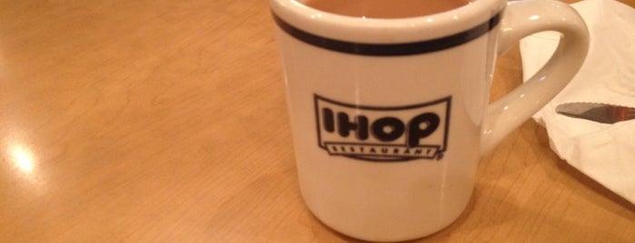 IHOP is one of Posti che sono piaciuti a Belinda.