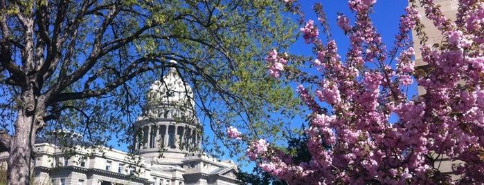 Idaho State Capitol is one of สถานที่ที่ Seth ถูกใจ.