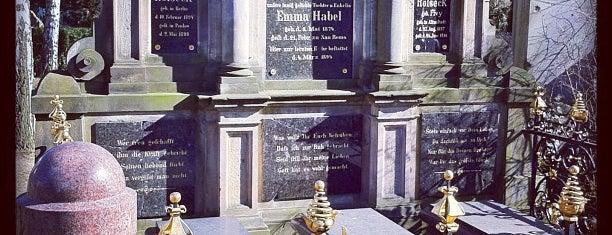 Dorotheenstädtischer Friedhof is one of Grün und Blau Berlin.