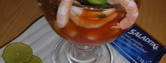 Mariscos Puerto Condesa is one of Arturo 님이 좋아한 장소.