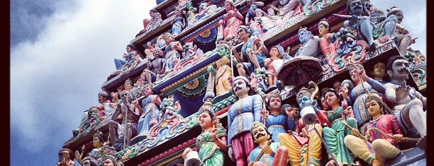 Sri Mariamman Temple is one of Singapore/シンガポール.