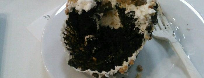 Crumbs Bake Shop is one of Lieux sauvegardés par Naomi.