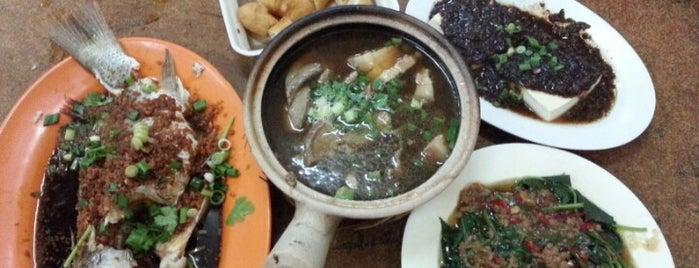 Hin Hock Bak Kut Teh 兴福肉骨茶 is one of JB.