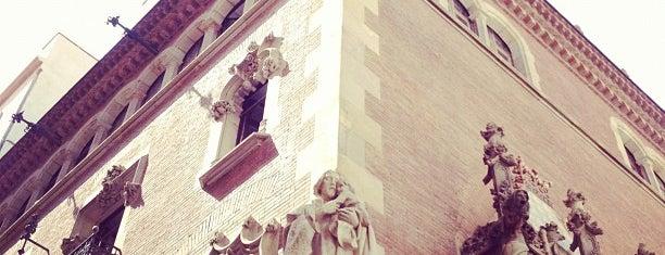 Cercle Artístic de Sant Lluc is one of Bars.
