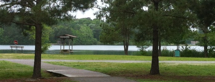 Oak Grove Lake Park is one of 🐶 Dog Parks 🐶.