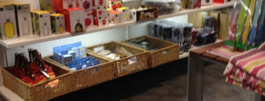 Moroni Gomma is one of MILANO EAT & SHOP.