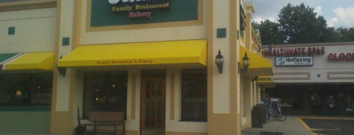 Perkins Family Restaurant & Bakery is one of Posti che sono piaciuti a Theresa.