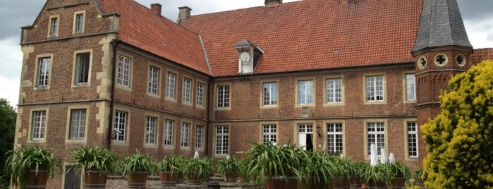 Burg Hülshoff is one of #111Karat - Kultur in NRW.