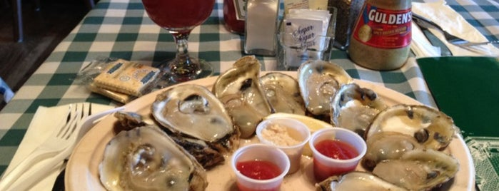 McGarvey's Saloon & Oyster Bar is one of Foodie.