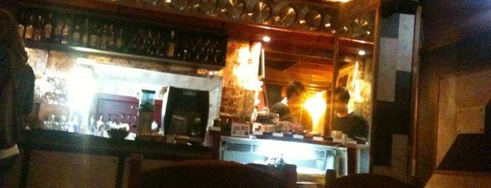 Grégora Arte Café is one of Botecos cariocas.