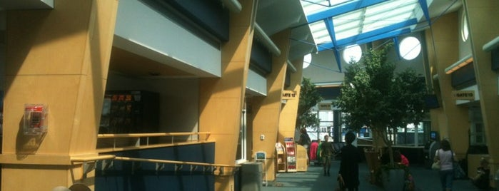 Burlington International Airport (BTV) is one of Free WiFi Airports 2.