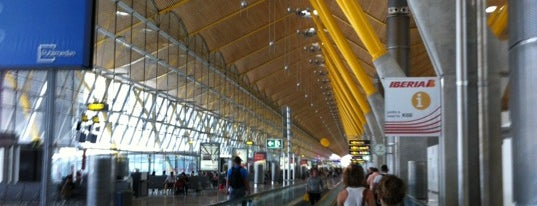 Aeroporto de Madrid-Barajas (MAD) is one of Official airport venues.