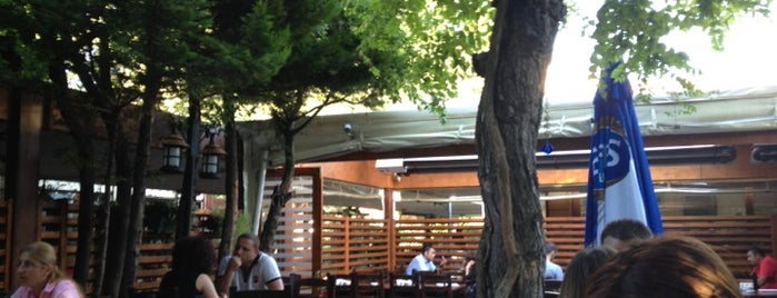 Saklıbahçe Bistro is one of Posti che sono piaciuti a Oral.