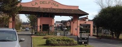 Barrio Privado La Delfina is one of Posti che sono piaciuti a Marisa.