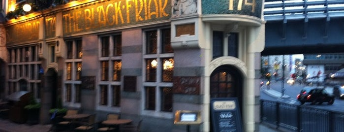 The Blackfriar is one of Great Pubs.